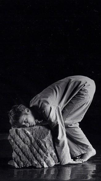 GELISPEL IN GOUD EN LOODGRIJS<br/>Fotografie: Carry Gisbertz